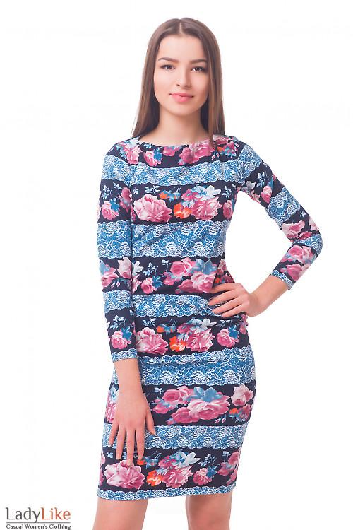 Платье трикотажное в голубое кружево Деловая женская одежда
