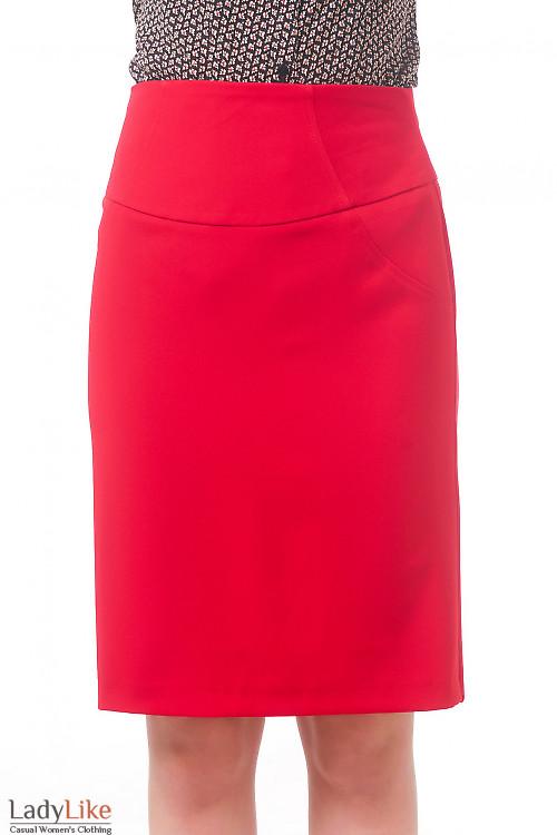 Фото Юбка красная с завышенной талией Деловая женская одежда