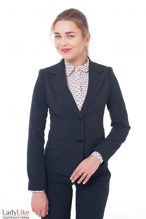 Деловая женская одежда Жакет черный удлиненный с длинным рукавом фото