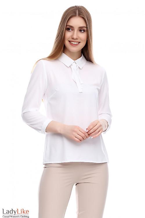 Блузка белая с коротким рукавом на завязках Деловая женская одежда фото