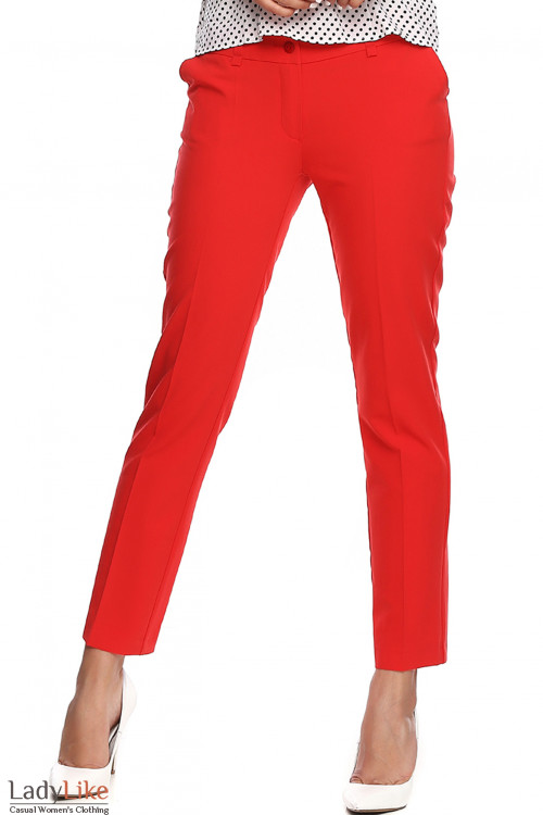 Брюки укороченные красные на кокетке сзади. Деловая женская одежда фото
