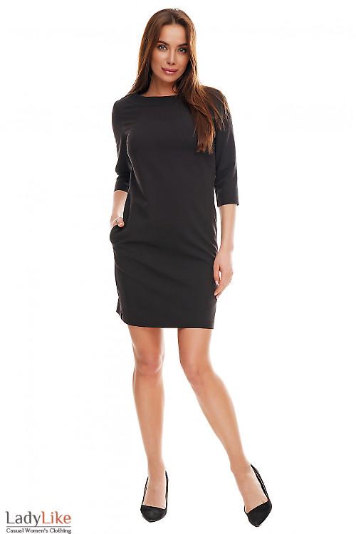Платье черное с круглой горловиной и карманами. Деловая женская одежда