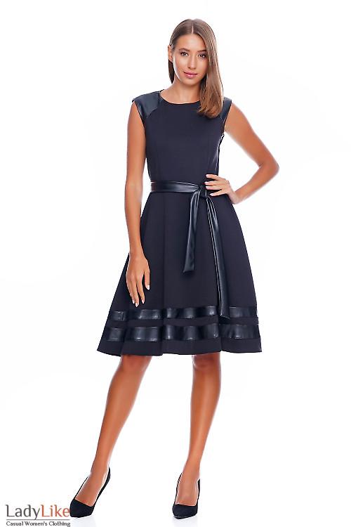 Платье черное с кожаными вставками Деловая женская одежда фото