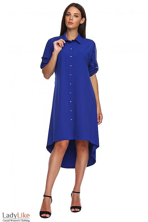Платье электрик с неровным низом. Деловая женская одежда фото