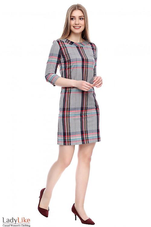 Платье прямое серое в клетку Деловая женская одежда фото