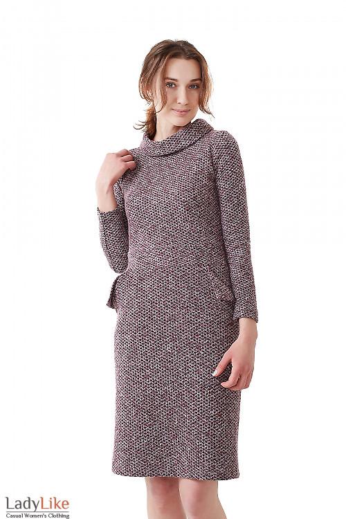 Платье сиреневое с карманами и воротом Деловая женская одежда фото