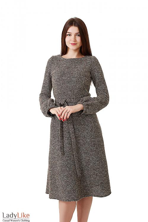 Платье теплое коричневое в черный ромбик Деловая женская одежда фото