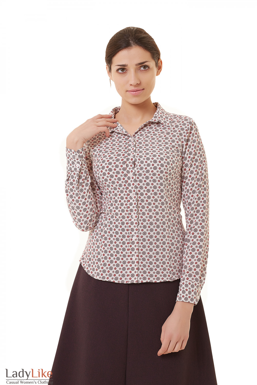 7f6b3b4fa21 Блузка с планкой белая в коралловые узор Деловая женская одежда фото