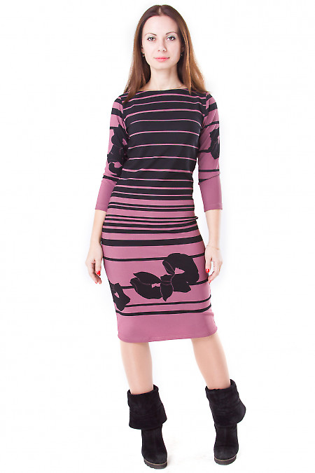 Фото Платье розовое с черной розой Деловая женская одежда