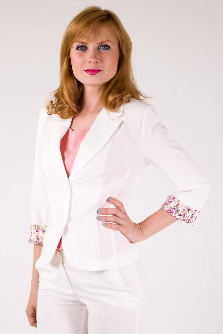 Фото Жакет с манжетой в цветочки Деловая женская одежда