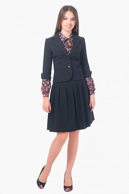 Жакет черный с разрезом на рукаве Деловая женская одежда