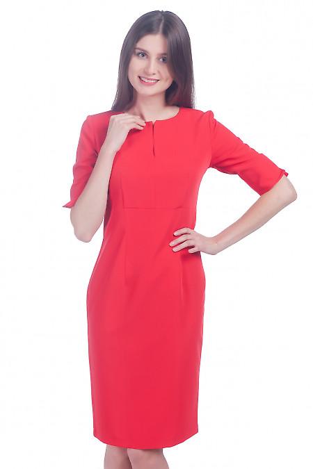 Фото Платье с разрезом на рукаве красное Деловая женская одежда