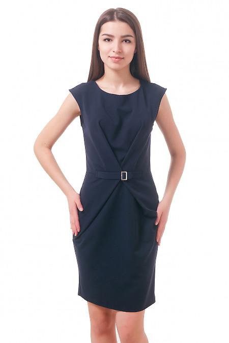 Фото Платье синее с пряжкой Деловая женская одежда