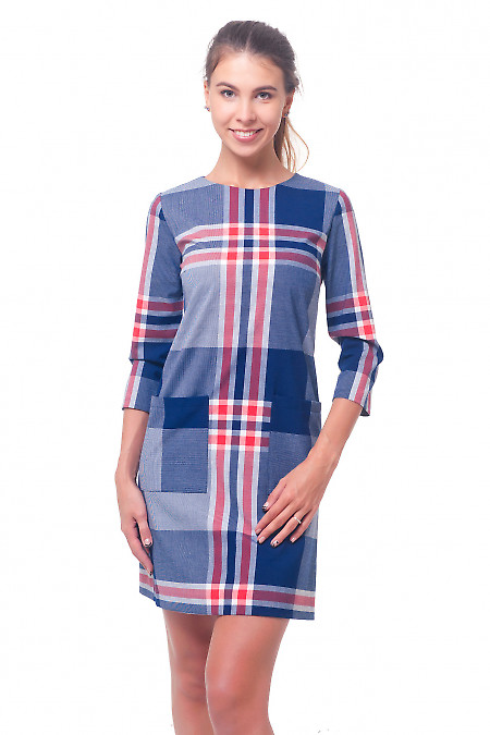 Платье в синюю клетку с накладными карманами Деловая женская одежда
