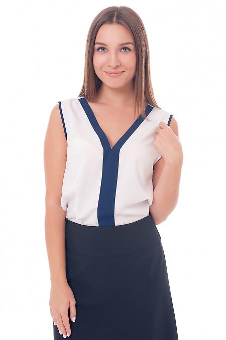 Белый топ с синей вставкой Деловая женская одежда фото