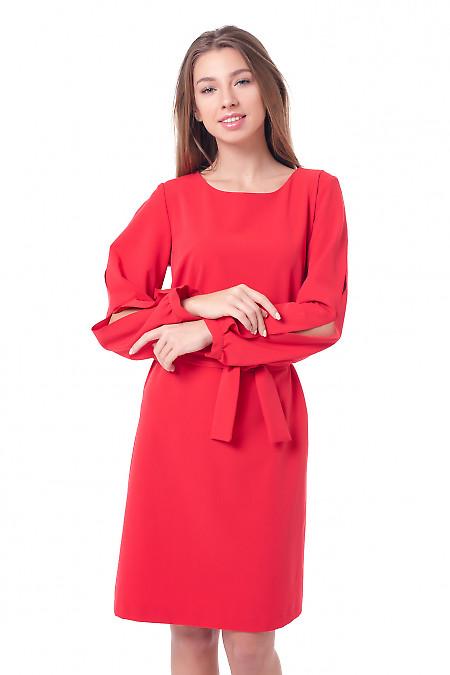 Платье красное с разрезами на рукавах Деловая женская одежда фото
