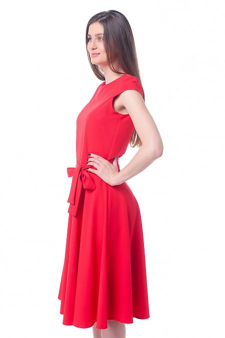 Купить платье красное с юбкой-клеш Деловая женская одежда фото