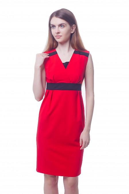 Платье нарядное красное с черными вставками Деловая женская одежда фото