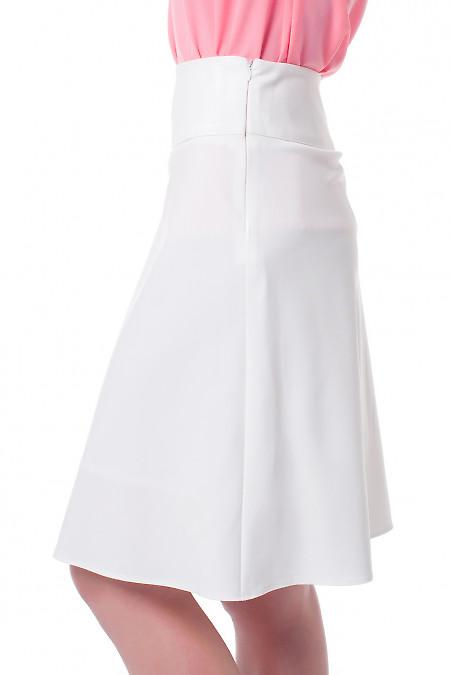 Купить юбку-клеш белую Деловая женская одежда фото