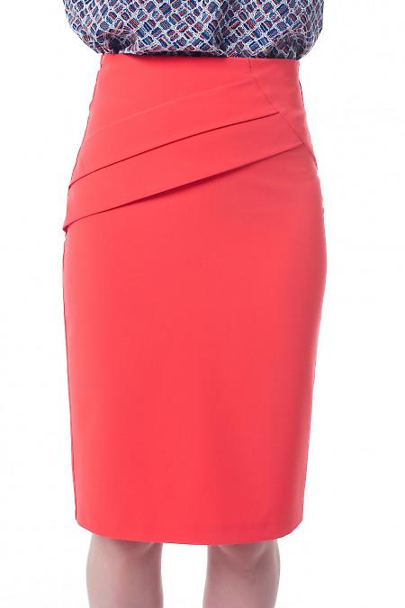 Юбка коралловая со складками и высокой талией Деловая женская одежда фото