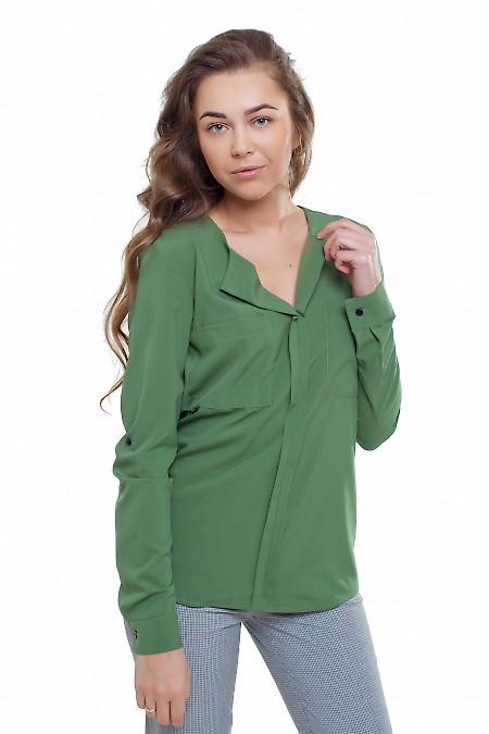 Блузка с накладными карманами зеленая Деловая женская одежда фото