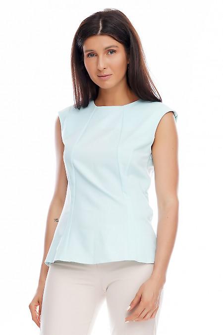 Блузка бирюзовая со спущенным плечом. Деловая женская одежда фото