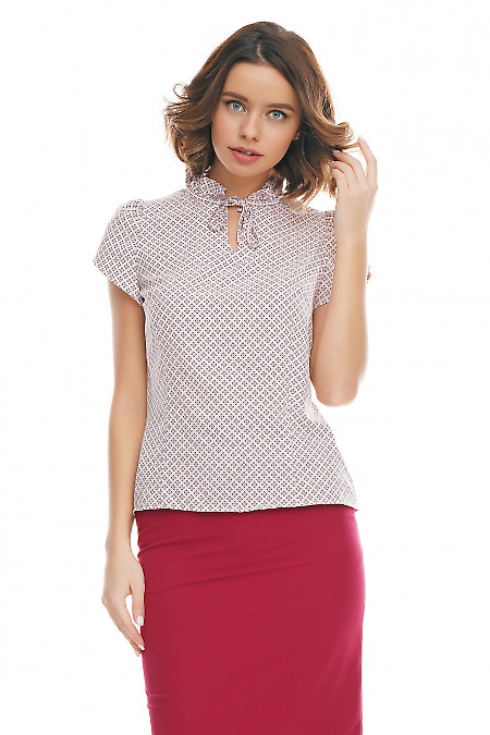 Блузка розовая с рюшей на горловине Деловая женская одежда фото