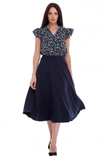 Купить юбку синюю миди с поясом. Деловая женская одежда фото