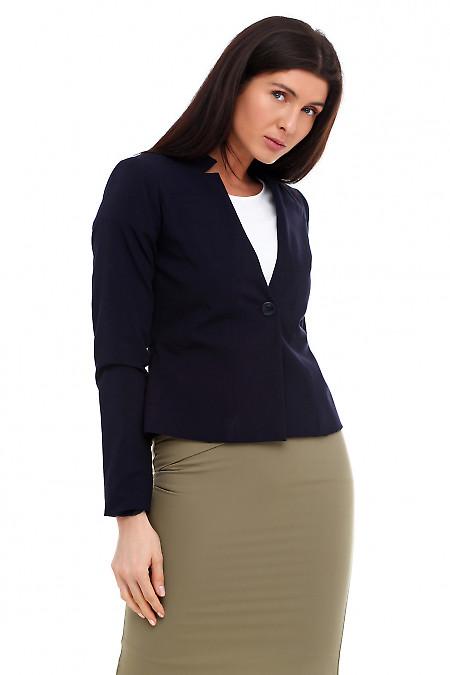 Купить жакет синий с карманом на груди. Деловая женская одежда фото