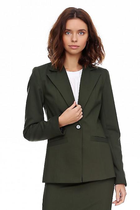 Жакет зелёный женский приталенный. Деловая женская одежда фото