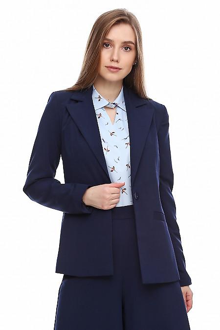 Купить жакет женский синий приталенный. Деловая женская одежда фото