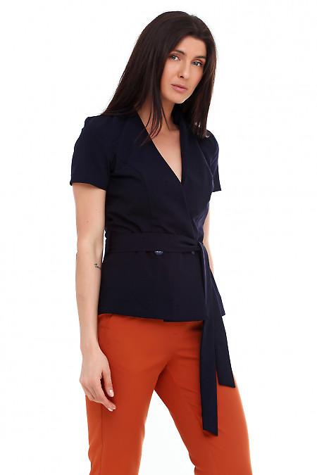 Купить жилет синий на запах. Деловая женская одежда фото