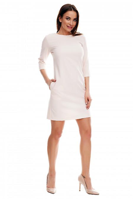 Платье розовое короткое. Деловая женская одежда фото