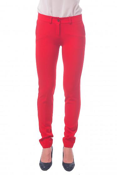 Фото Брюки красные с карманами Деловая женская одежда