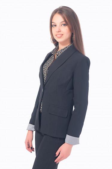 Купить жакет черный удлиненный с полосатой манжетой Деловая женская одежда