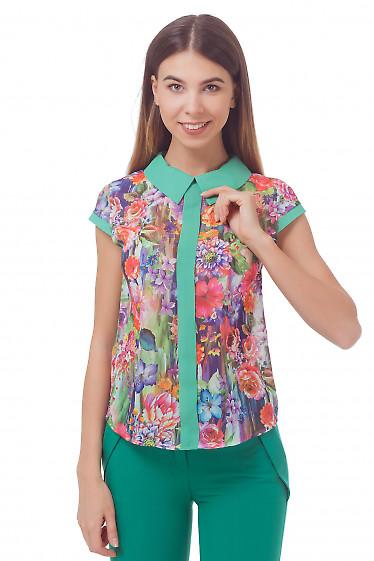 Блузка в зеленые цветы с воротником  Деловая женская одежда