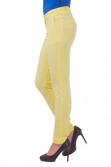Купить брюки желтые с карманами Деловая женская одежда