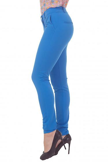 Купить голубые женские зауженные брюки Деловая женская одежда