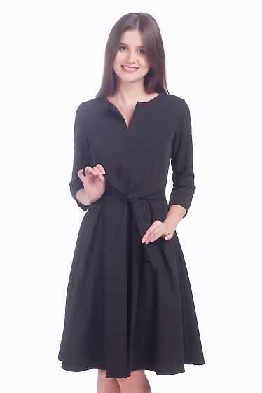 Фото Платье чёрное пышное с поясом Деловая женская одежда