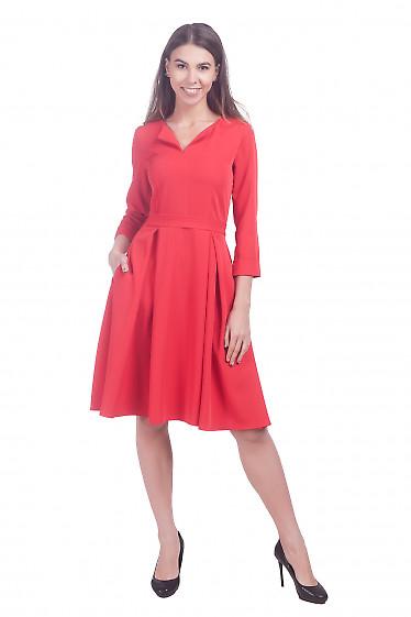 Фото Платье пышное красное Деловая женская одежда