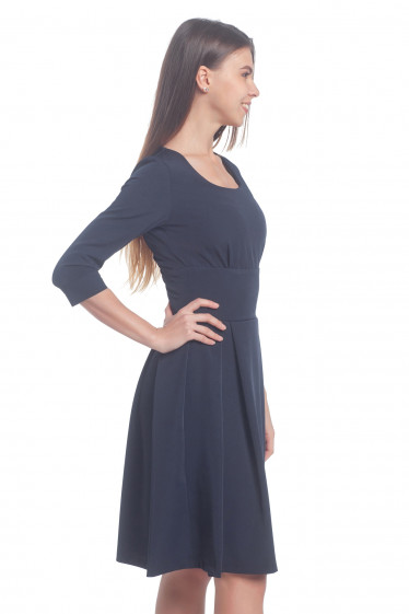 Купить платье синее с высокой талией и широким поясом. Деловая женская одежда
