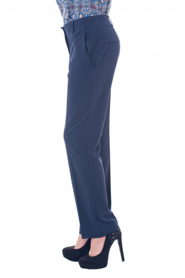Купить брюки синие, прямые от бедра Деловая женская одежда фото