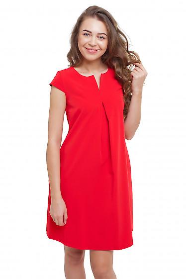 Платье со складочкой на груди красное Деловая женская одежда фото