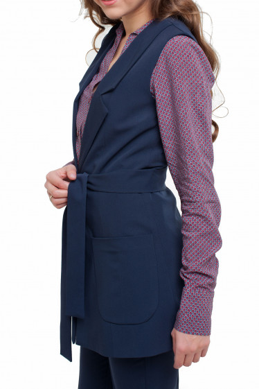 Жилетка с накладными карманами Деловая женская одежда фото