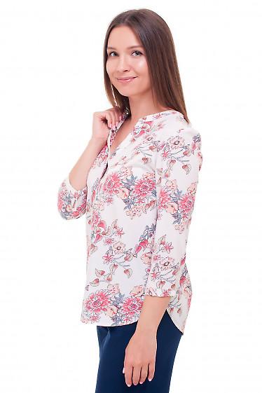 Купить блузку белую в коралловые розы. Деловая женская одежда фото