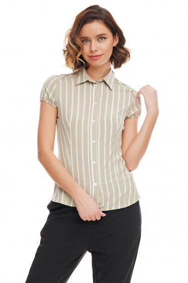 Блузка зелёная в белую полоску с коротким рукавом Деловая женская одежда фото
