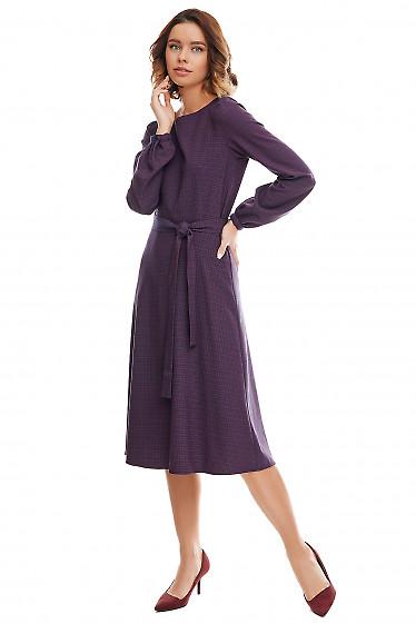 Платье-трапеция синее в мелкую красную клетку. Деловая женская одежда фото