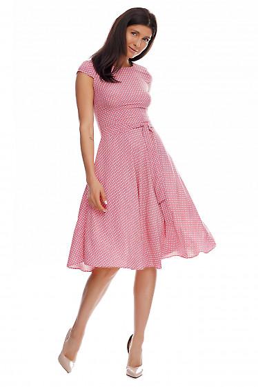 Платье розовое в мелкий белый горох. Деловая женская одежда фото