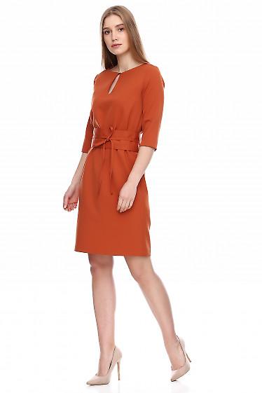 Купить терракотовое платье с поясом кушак. Деловая женская одежда фото