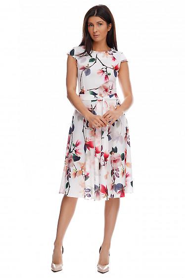 Купить пышное платье в красные цветы. Деловая женская одежда фото